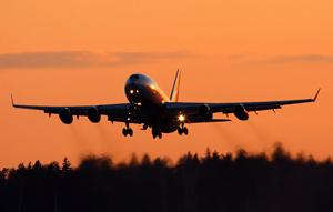 обеспечение полетов, наземное обеспечение полетов, слоты на посадку и вылет, согласование слотов